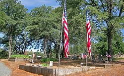 11-24-19_Alt-3a_gravesites-flags_IMG_018