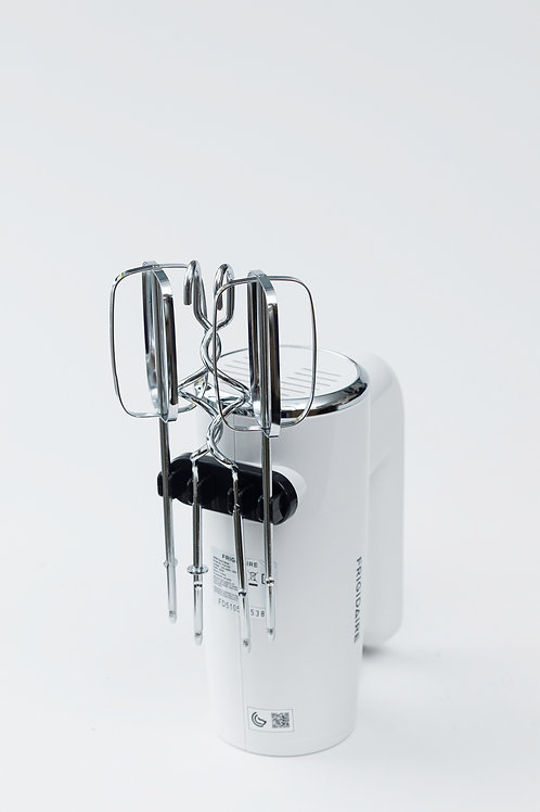 Frigidaire - 300W Hand mixer with Hooks and Beaters