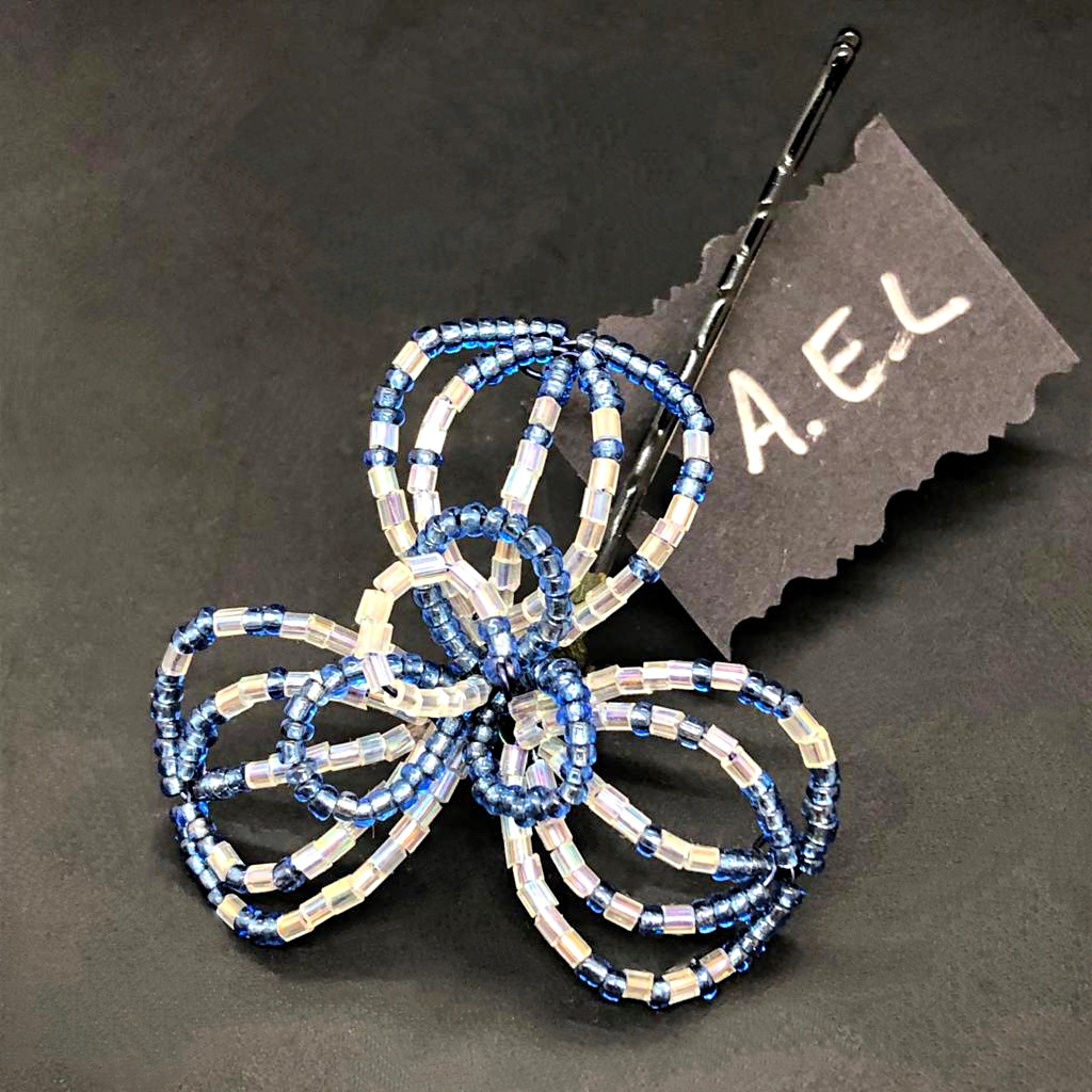 Blue beaded flower hairpin