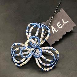 Blue beaded flower hairpin