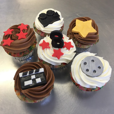 04.H.9.18 Theatre-Cupcakes-Elements.jpg