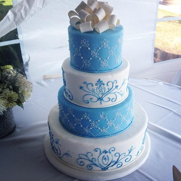 Cake 1 - Round 4-tier -  bluwhitescroll