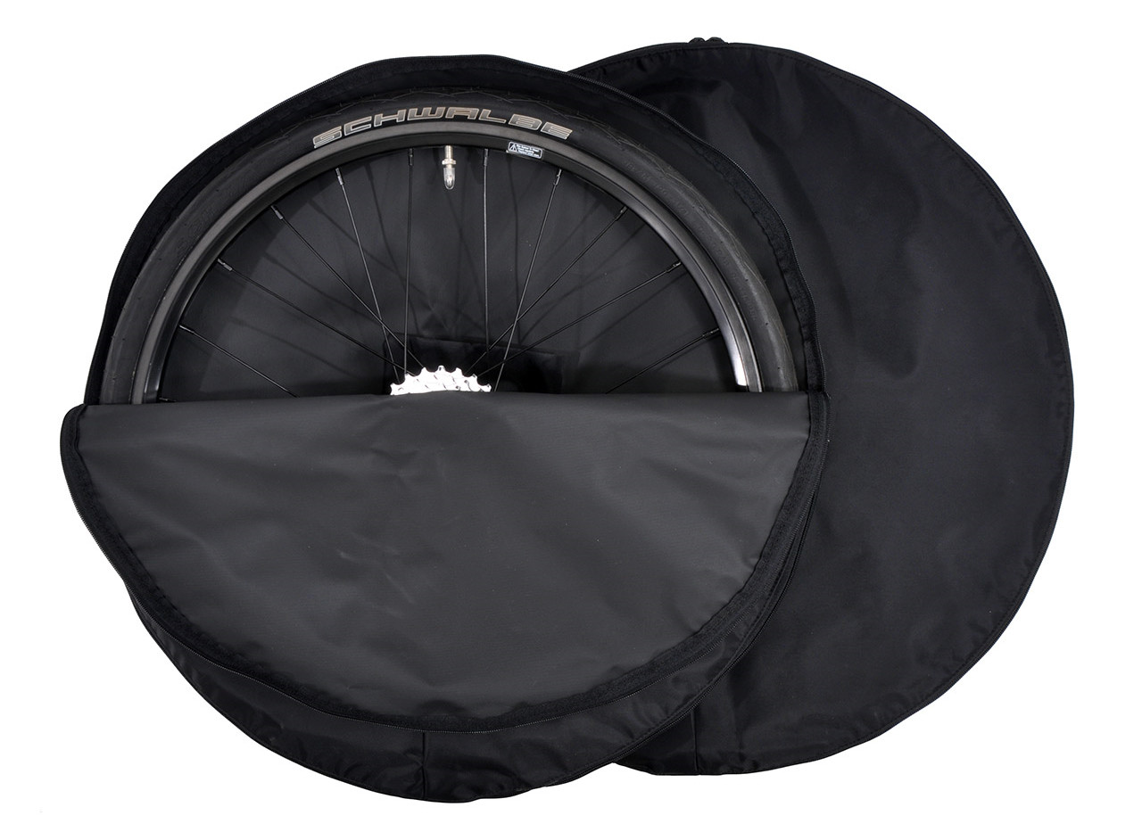 REACH Wheel Bag Set