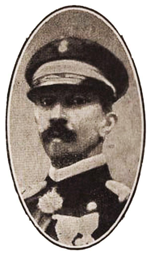 Il comandante della cassini, capitano Charles Lacaze