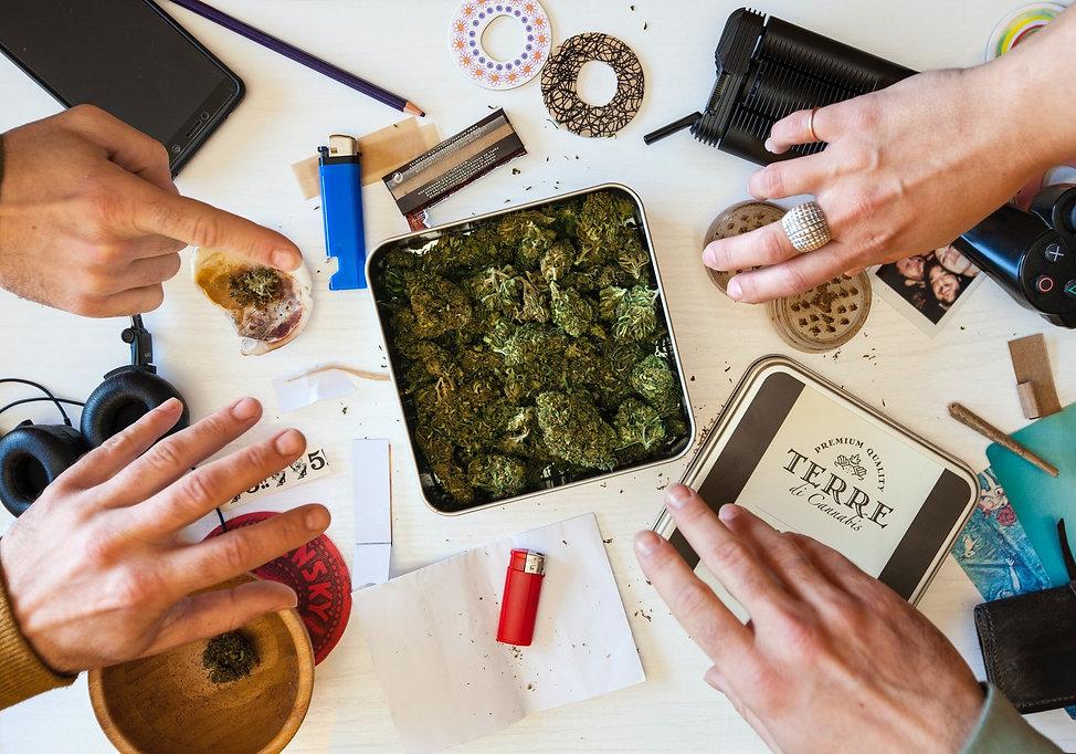 friends_using_cannabis.jpg