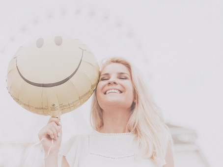 HOW TO STOP PEOPLE PLEASING AND START LIVING AUTHENTICALLY