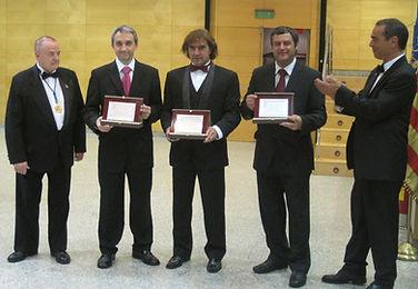 premio platinum life_edited.jpg