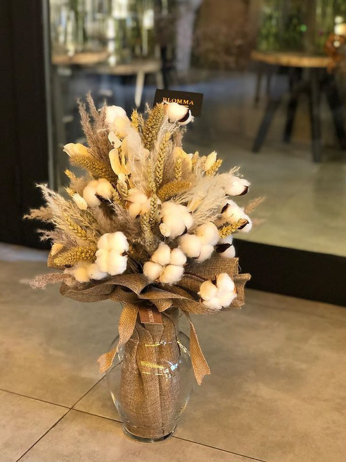 Dried flowers and cotton