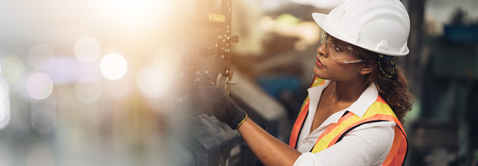 5 Things to Consider When Hiring Local Tradespeople [Checklist]