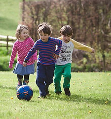 FUN CHILDRENS FOOTBALL