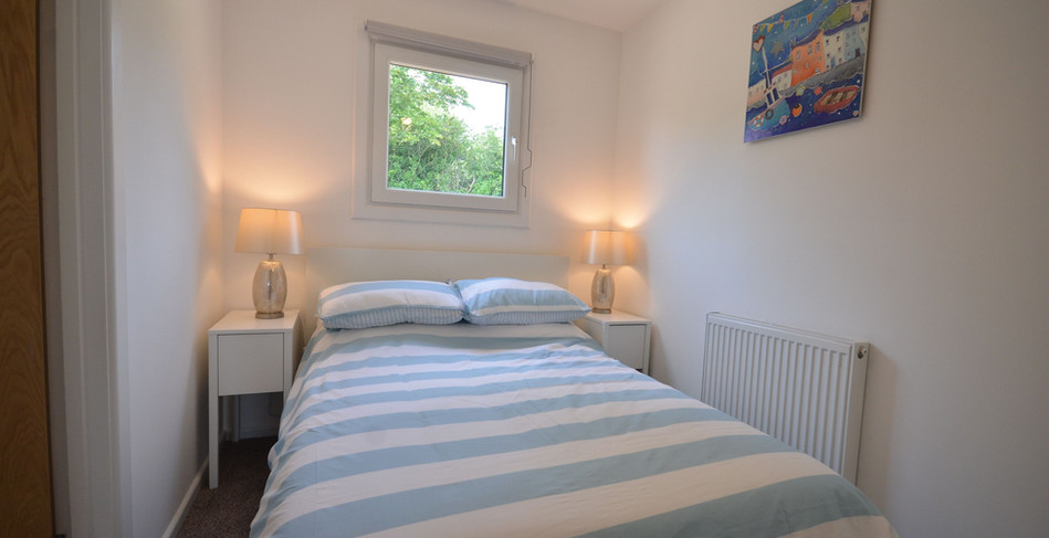 Premium Lodge double bedroom with en-suite