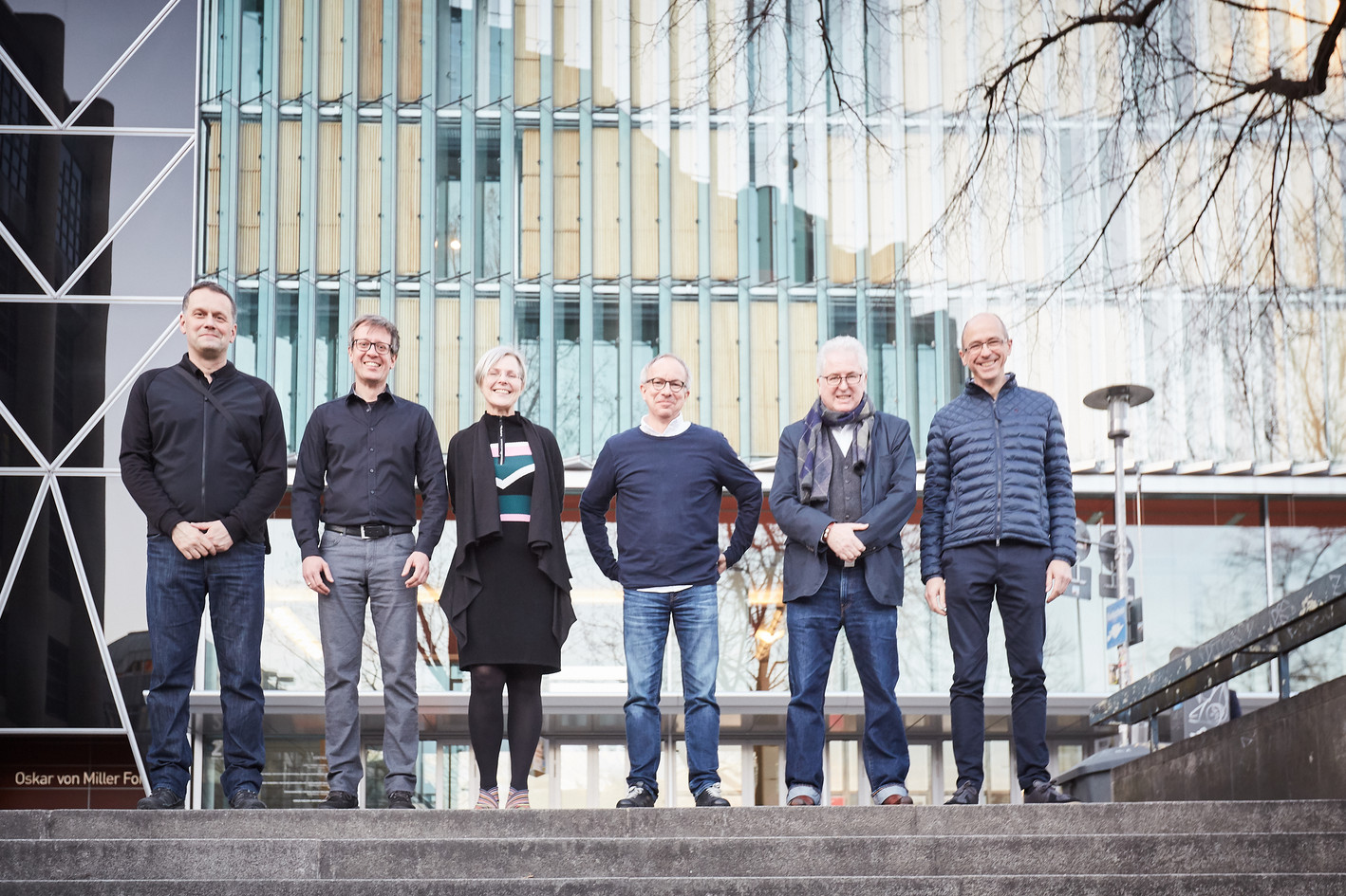 Von links nach rechts: Tim Oelker, Moritz Segers, Veronika Eggers, Martin Fössleitner, Uni. Prof. Wolfgang Sattler, Michael Schlenke