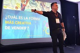 Andrés Camus en Colombia