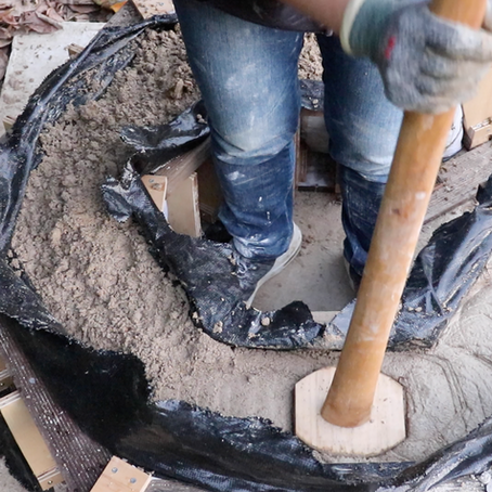 Build a doghouse with earth_Part3: ramming course and the completion of fabric formed rammed earth