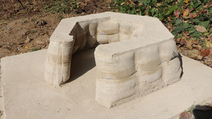 Myeong-Rang House (Fabric Formed Rammed Earth Doghouse)