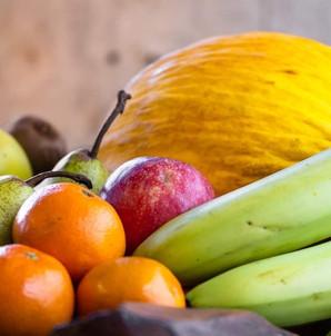 Fresh fruits from Land O' Tastes