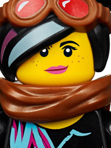 LEGO-Movie-2-70829-Emmet-and-Lucy's-Esca