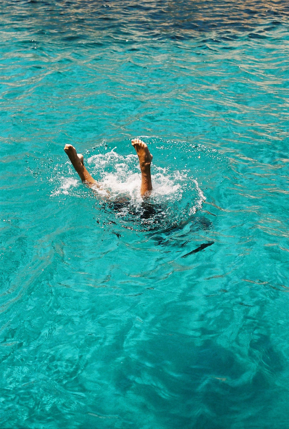 ruby ryan photo photograph photography feet water blue greece 35mm film