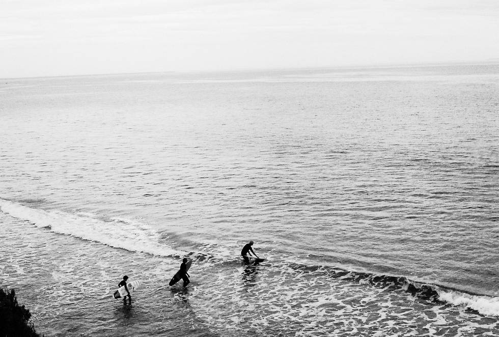 ruby ryan photo photograph photography beach surfing surf 35mm waves