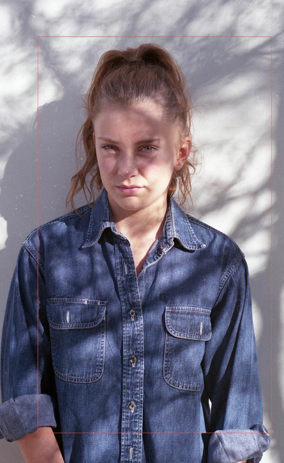 ruby ryan photo photograph photography girl shadows