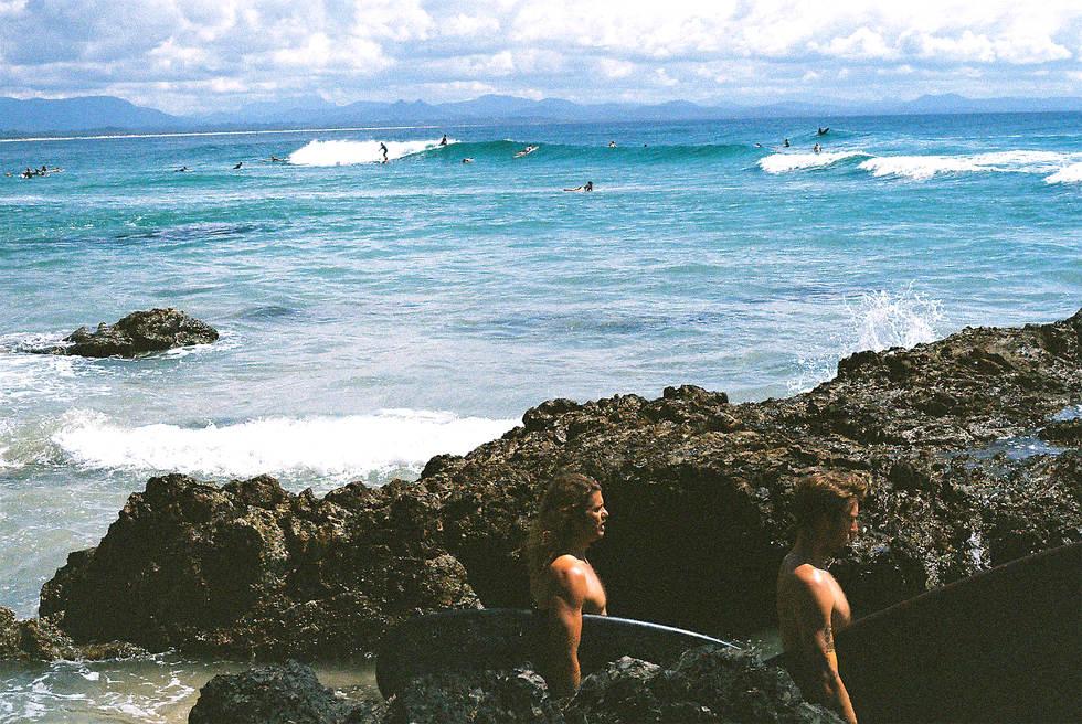 byron bay beach surf retro cloud wategos bay rocks surfing film landscape ruby ryan photo photograph photography