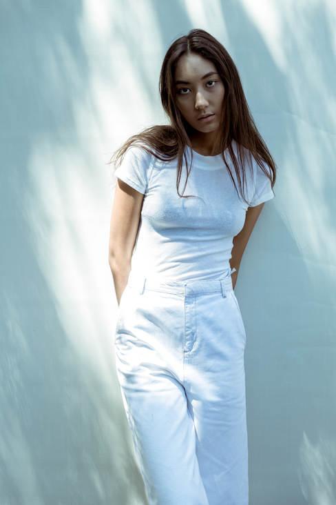 ruby ryan photo photography photographer girl clean white shadow