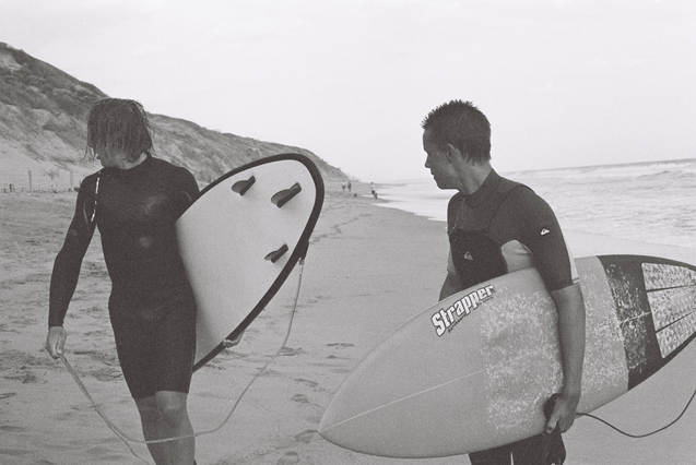 ruby ryan photo photograph photography boys surf surfing black and white film 35mm
