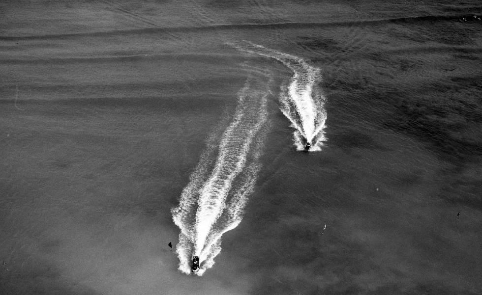 ruby ryan photo photograph photography film 35mm jetskis hawaii waimea honolulu