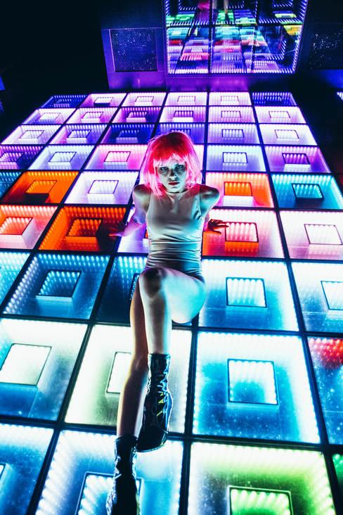ruby ryan photo photography photographer club girl wig latex bar dancefloor untz