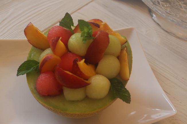 Meli-mélo de fruits frais...