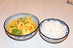 Curry de crevettes à l'ananas et au lait de coco