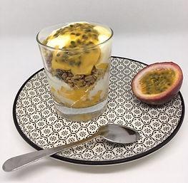 Dessert yaourt, passion, granola