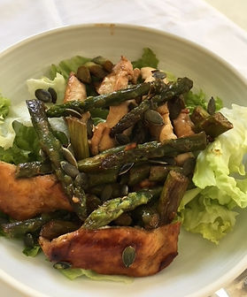 wok de poulet et asperges vertes