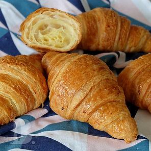 Croissant_DSCF5275.jpg