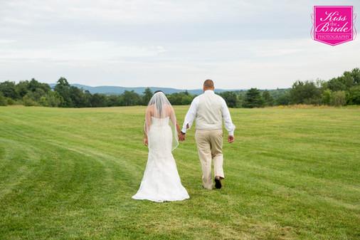 Kiss the Bride Wedding Photography