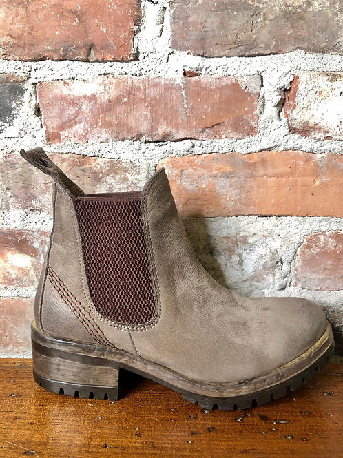 Bueno Flordia Taupe Bootie