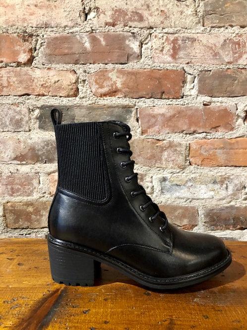 Blondo Charlott Black Boot