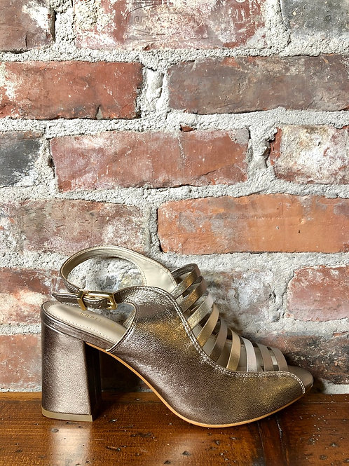 Capelli Rossi Dorothy Chrome Heel