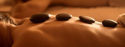 massage-mit-heissen-steinen-1b_edited.jp