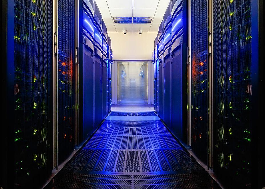 symmetrical data center room with futuri