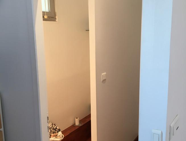 Entrée petite chambre et WC Haut