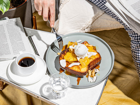 Invite Yourselves to A Cafe-Style Brunch