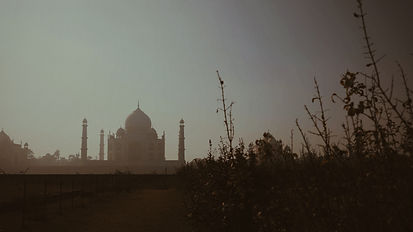 Travelogue Agra.jpg