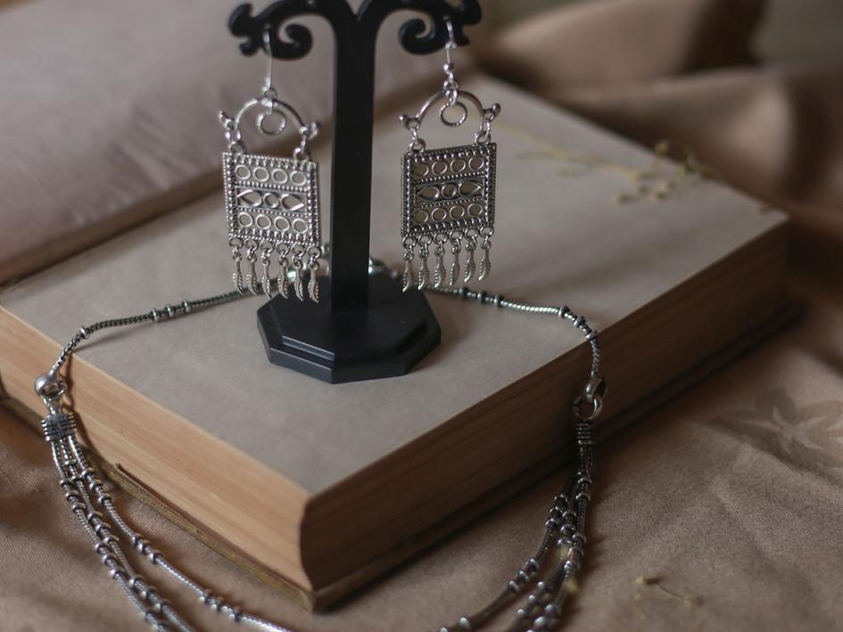 Shoot for Nota Bene Handmade Jewelry