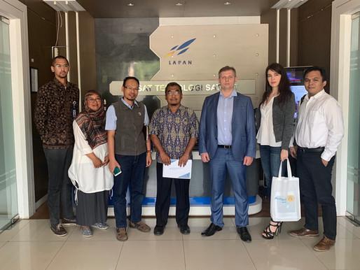 Aurora Visits LAPAN in Bogor