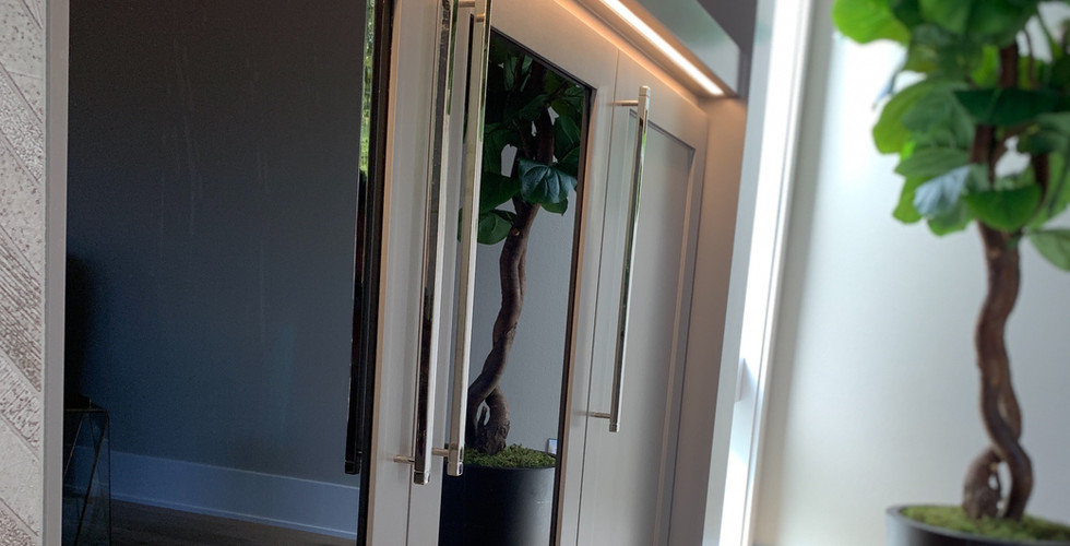 Entertainment Canter Privacy Glass