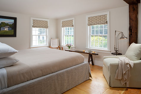 CranberryMeadow-Interior-Bed-Nickerson-1
