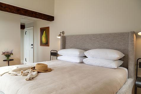 CranberryMeadow-Interior-Bed-Nickerson-5
