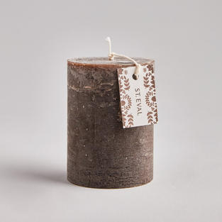 Woodland Oak pillar candle £12