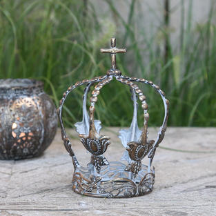 Nordic crown decorations